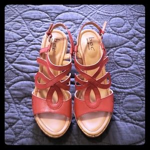 Born wedge concept sandal